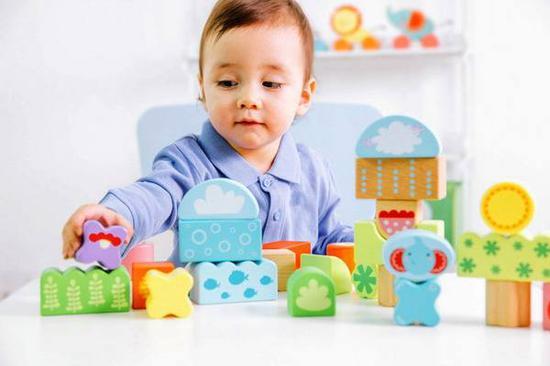 我国年青一代父母如何购买玩具和婴童用品