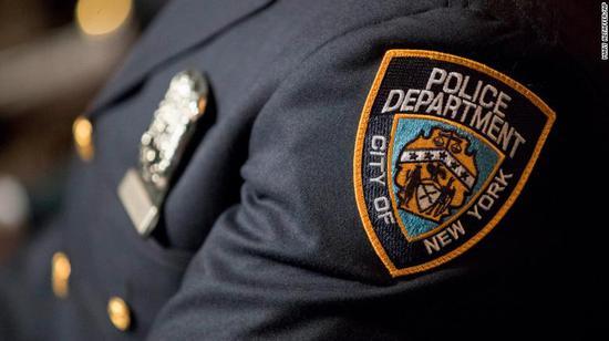 纽约一孕妇被强迫戴手铐脚镣生娃 获赔61万美元